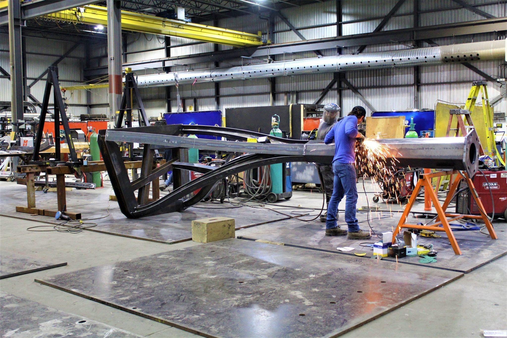 Fabrication des colonnes en usine